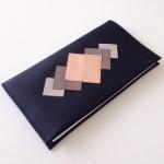 porte-monnaie-porte-chequier-en-cuir-noir-motif-16349302-img-1531-jpg-355f99-04663_570x0